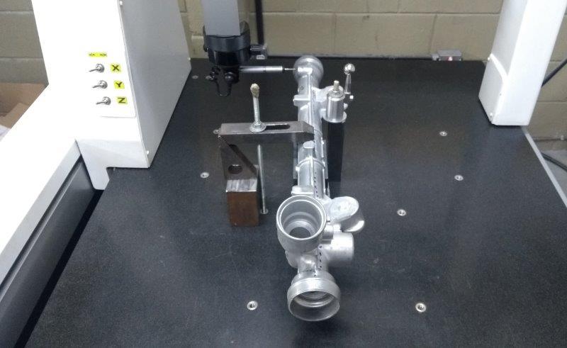 Serviço de medição em máquina tridimensional