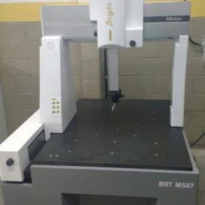 Maquina de medição tridimensional por coordenadas